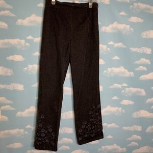 Ann Taylor- Black Pants with Floral Embroidery 6P